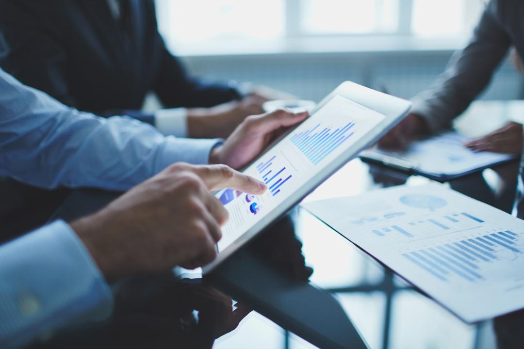 デジタル広告ソリューションの方策が明確化。営業の提案レベルが向上し、案件契約率が12%向上。